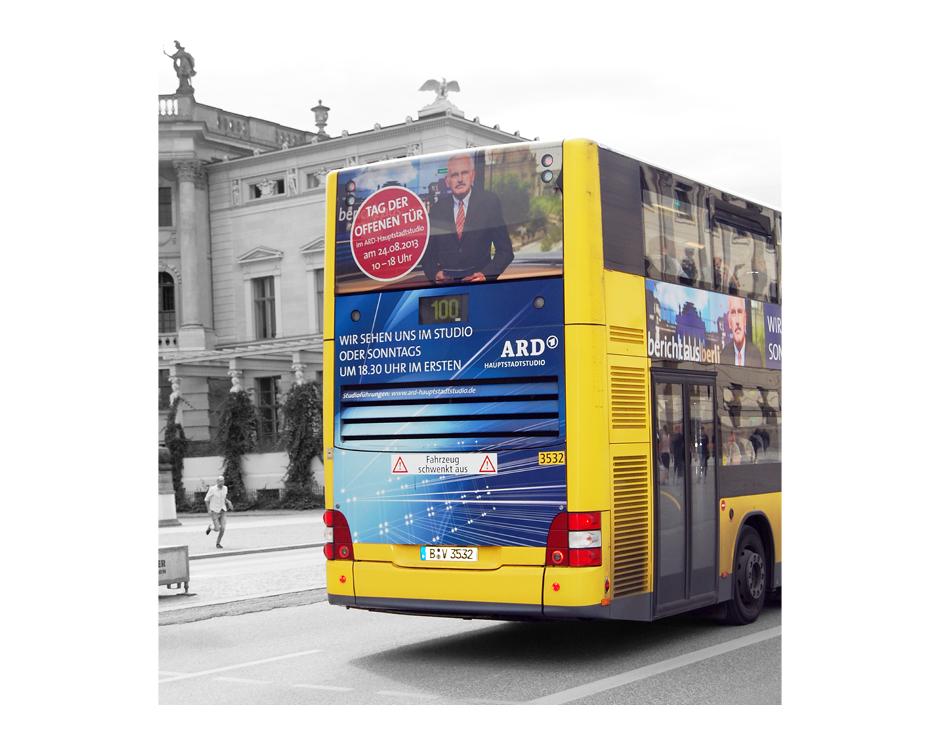 Busbeklebung – ARD Hauptstadtstudio